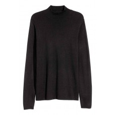 Пуловер с ниска поло яка